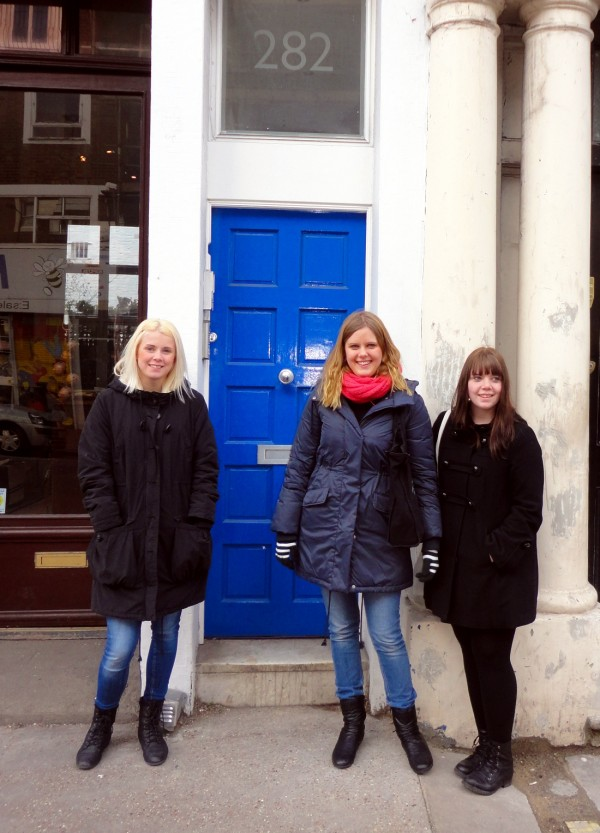 The Ethereal Blue Door of Notting Hill. Cultural Tourism