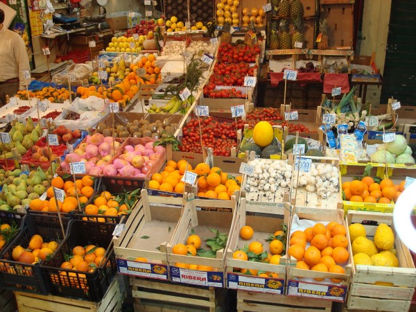 Local Food Markets In Rome