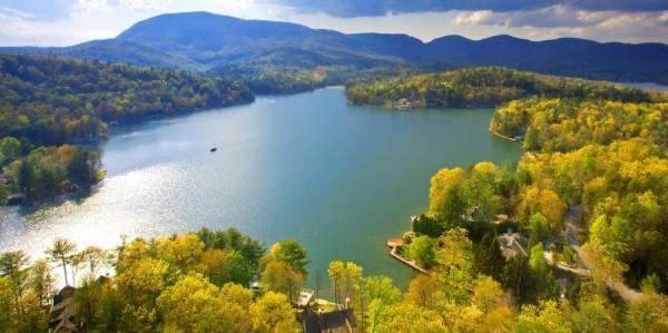 Lake Toxaway, North Carolina