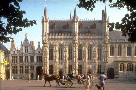 Joyce. Bruges