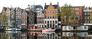 Holland Tours & Excursions. Amsterdam's canals
